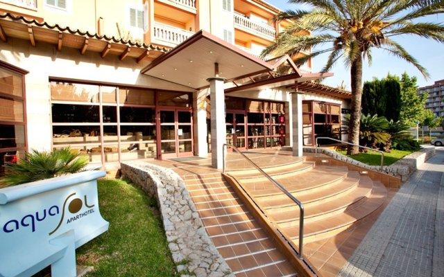 Отель Aparthotel Cabau Aquasol вид на фасад
