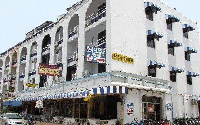 Отель River Hotel Таиланд, Паттайя - отзывы, цены и фото номеров - забронировать отель River Hotel онлайн вид на фасад