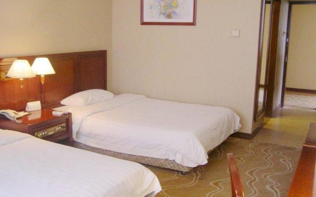 Qing Yuan Hotel комната для гостей
