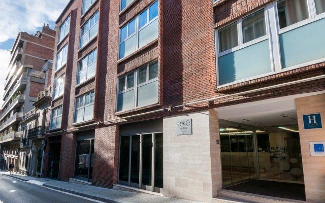 Отель Exe Mitre Барселона вид на фасад