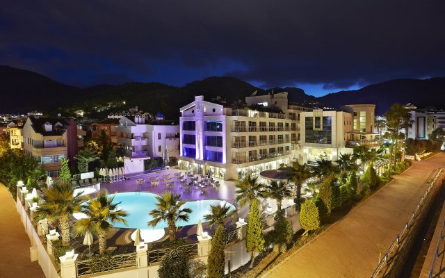 Ideal Pearl Hotel - All Inclusive - Adults Only вид на фасад