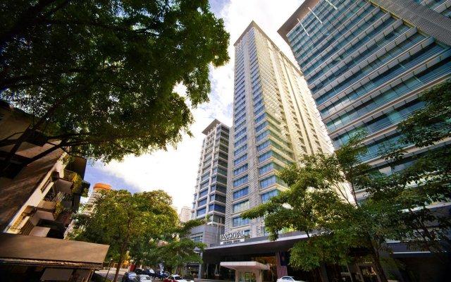 Отель PARKROYAL Serviced Suites Kuala Lumpur Малайзия, Куала-Лумпур - 1 отзыв об отеле, цены и фото номеров - забронировать отель PARKROYAL Serviced Suites Kuala Lumpur онлайн вид на фасад