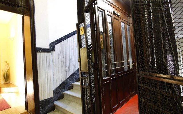 Отель Suite Castrense Италия, Рим - отзывы, цены и фото номеров - забронировать отель Suite Castrense онлайн вид на фасад