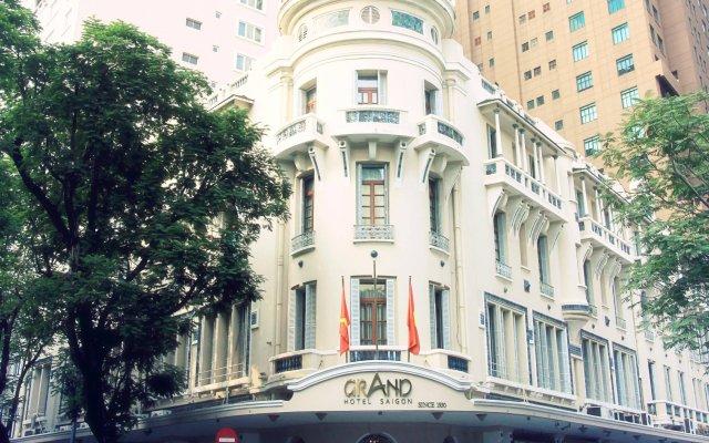 Grand Hotel Saigon вид на фасад