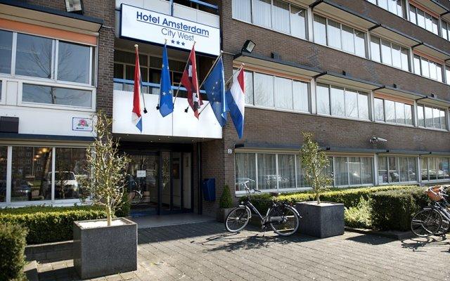 Отель New West Inn Нидерланды, Амстердам - 6 отзывов об отеле, цены и фото номеров - забронировать отель New West Inn онлайн вид на фасад