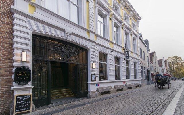Отель Academie Бельгия, Брюгге - 12 отзывов об отеле, цены и фото номеров - забронировать отель Academie онлайн вид на фасад