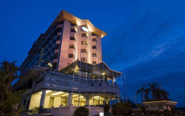 Mulia Hotel вид на фасад