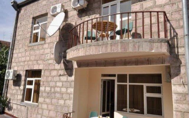 Отель Albert House Hotel Армения, Ереван - 1 отзыв об отеле, цены и фото номеров - забронировать отель Albert House Hotel онлайн вид на фасад