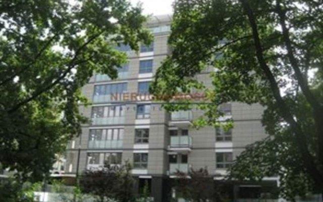 Апартаменты P&O Apartments Fabryczna 3 Варшава вид на фасад