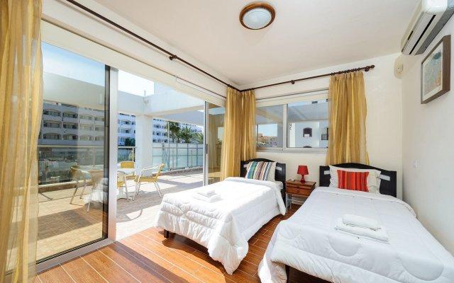 Отель Mike & Lenos Tsoukkas Seaview Apartments Кипр, Протарас - отзывы, цены и фото номеров - забронировать отель Mike & Lenos Tsoukkas Seaview Apartments онлайн комната для гостей