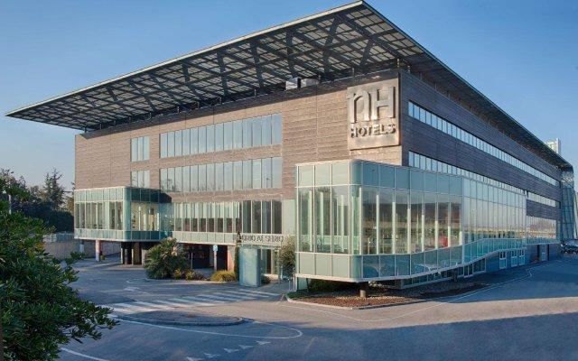 Отель NH Orio Al Serio вид на фасад