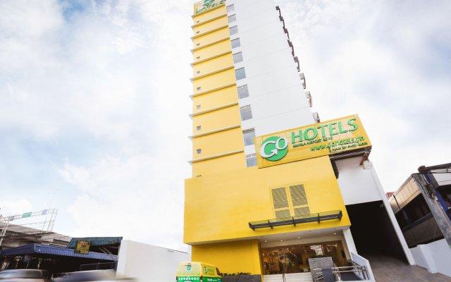 Отель Go Hotels Manila Airport Road вид на фасад