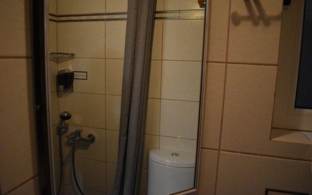 Отель Check Point - Down Town Греция, Афины - отзывы, цены и фото номеров - забронировать отель Check Point - Down Town онлайн ванная