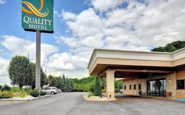 Quality Hotel And Conference Center Блюфилд вид на фасад
