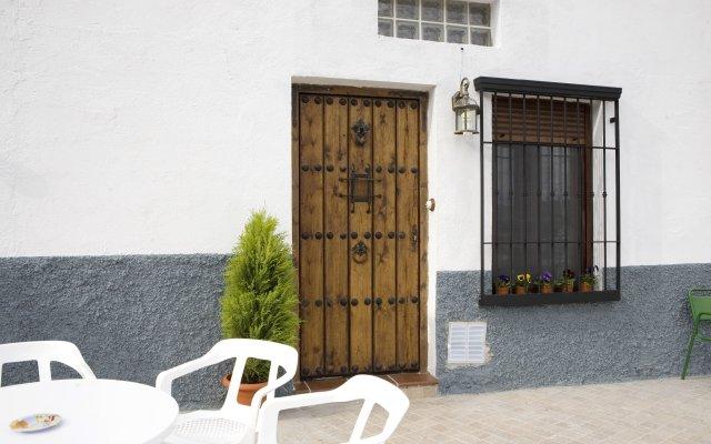 Отель Cuevalia. Alojamiento Rural en Cueva вид на фасад