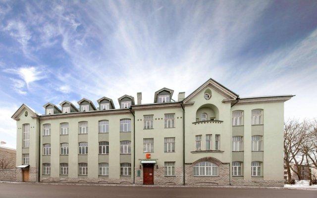 Отель City hotel Tallinn Эстония, Таллин - - забронировать отель City hotel Tallinn, цены и фото номеров вид на фасад