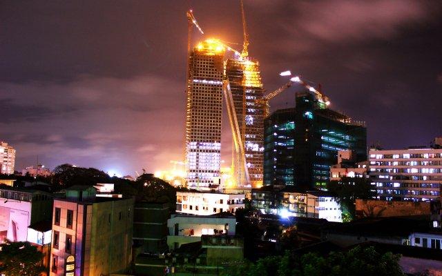 Отель Thilhara Days Inn Шри-Ланка, Коломбо - отзывы, цены и фото номеров - забронировать отель Thilhara Days Inn онлайн вид на фасад
