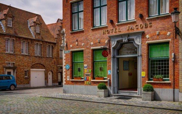 Отель Jacobs Brugge вид на фасад