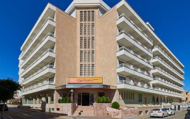 Отель BQ Can Picafort вид на фасад