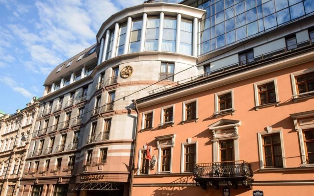 Гостиница Амбассадор Санкт-Петербург вид на фасад