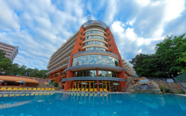 Atlas Hotel - Ultra All Inclusive вид на фасад