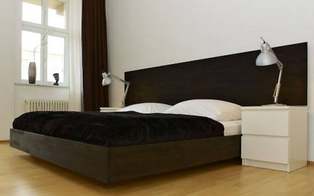 Отель Berlin Apartment Германия, Берлин - отзывы, цены и фото номеров - забронировать отель Berlin Apartment онлайн комната для гостей