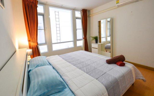 Отель Patong Loft Condo комната для гостей