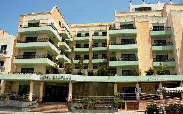 Hotel Santana вид на фасад