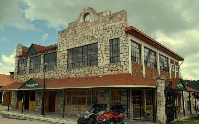 Hotel Cascada Inn вид на фасад