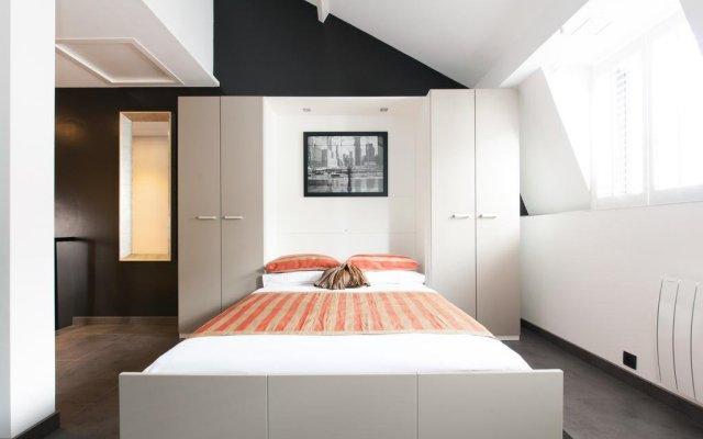 Отель RealtyCare Flats Grand Place Брюссель комната для гостей