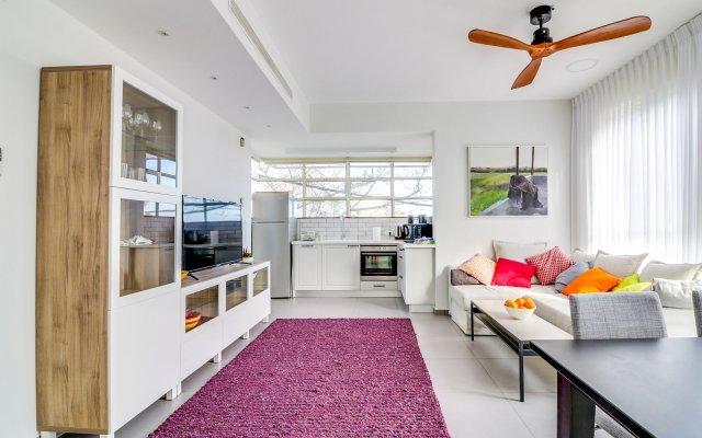 Carmel Boutique Apartment Израиль, Хайфа - отзывы, цены и фото номеров - забронировать отель Carmel Boutique Apartment онлайн комната для гостей