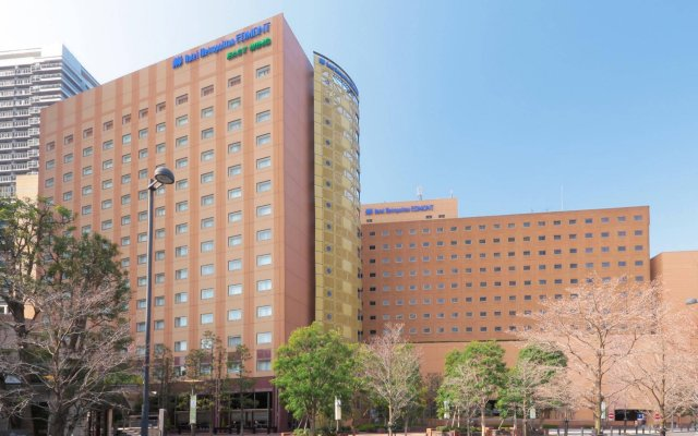Hotel Metropolitan Edmont Tokyo вид на фасад