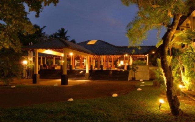 Отель The Surf Шри-Ланка, Бентота - 2 отзыва об отеле, цены и фото номеров - забронировать отель The Surf онлайн вид на фасад