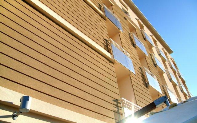 Hotel Adlon вид на фасад