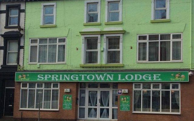 Отель Springtown Lodge вид на фасад