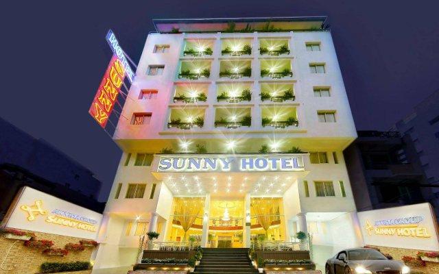 Sunny Hotel вид на фасад