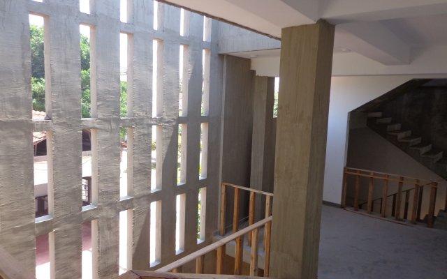 Hotel Star White Negombo вид на фасад