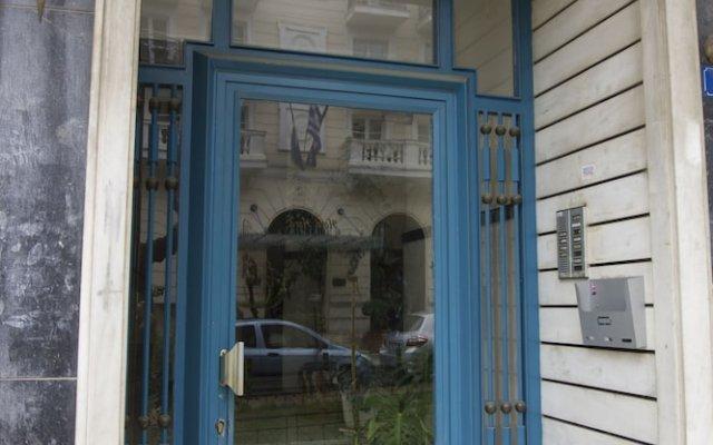 Отель Charming Acropolis Metro Apartment Греция, Афины - отзывы, цены и фото номеров - забронировать отель Charming Acropolis Metro Apartment онлайн вид на фасад