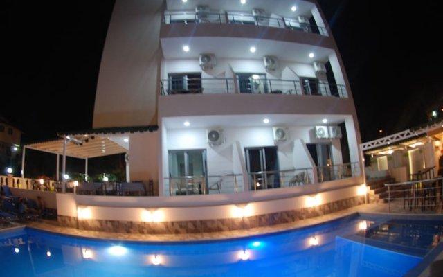Отель Piramida Албания, Ксамил - отзывы, цены и фото номеров - забронировать отель Piramida онлайн вид на фасад