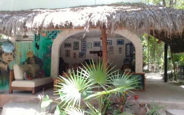 Hotel Dos Ceibas Eco Retreat пляж