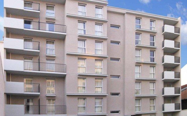 Отель Séjours et Affaires Paris Malakoff Франция, Малакофф - 4 отзыва об отеле, цены и фото номеров - забронировать отель Séjours et Affaires Paris Malakoff онлайн вид на фасад