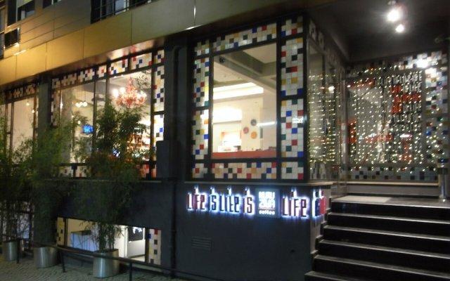Отель Nuru Ziya Suites Стамбул вид на фасад