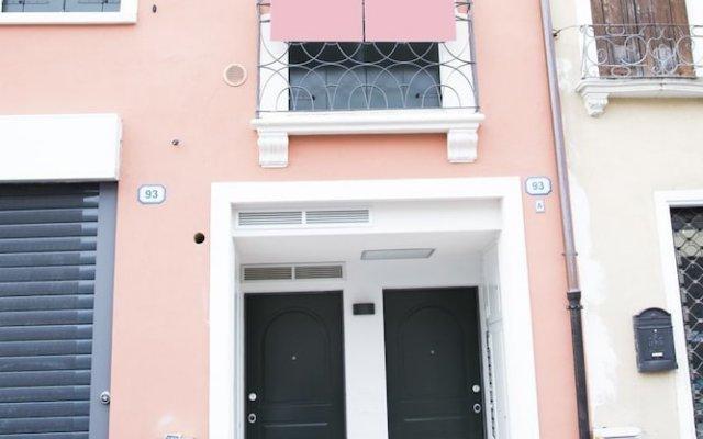Отель PORTAVENEZIA bed-room-apartment Италия, Падуя - отзывы, цены и фото номеров - забронировать отель PORTAVENEZIA bed-room-apartment онлайн вид на фасад