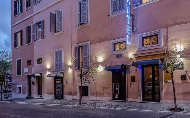 Отель Center 3 Италия, Рим - отзывы, цены и фото номеров - забронировать отель Center 3 онлайн вид на фасад
