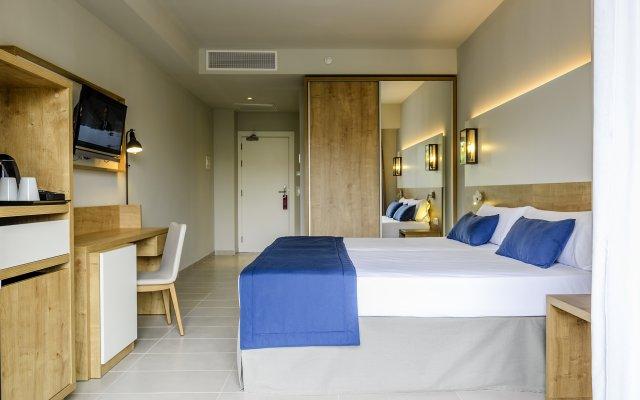 Отель Estival Eldorado Resort Камбрилс комната для гостей