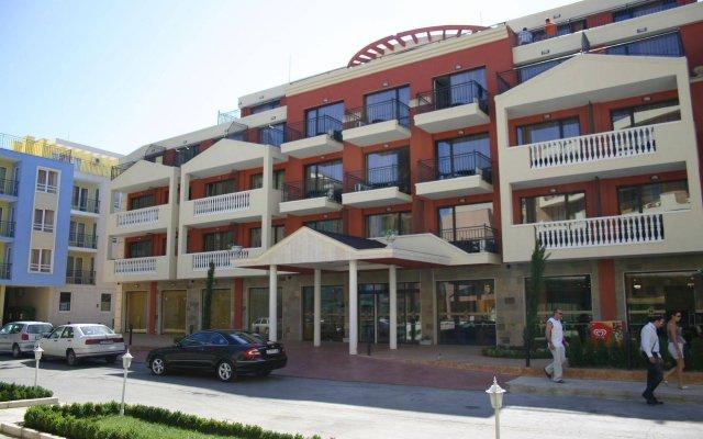 Апартаменты Menada Forum Apartments вид на фасад