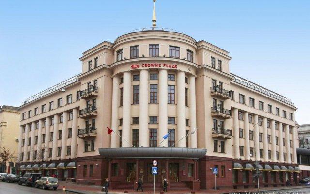 Гостиница Crowne Plaza Minsk Беларусь, Минск - 4 отзыва об отеле, цены и фото номеров - забронировать гостиницу Crowne Plaza Minsk онлайн вид на фасад