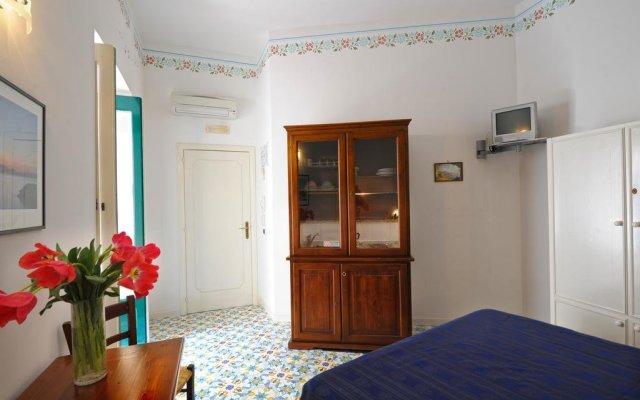 Отель Amalfi un po'... Италия, Амальфи - отзывы, цены и фото номеров - забронировать отель Amalfi un po'... онлайн комната для гостей