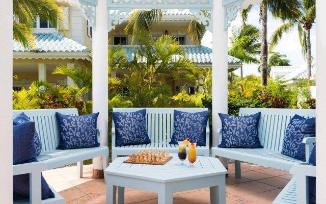 Отель Beach House Turks and Caicos вид на фасад
