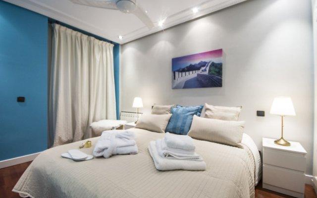 Апартаменты Alaia Holidays Apartments & Suite Carretas 33 вид на фасад